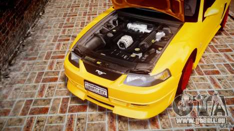 Ford Mustang SVT Cobra v1.0 pour GTA 4 est une vue de l'intérieur