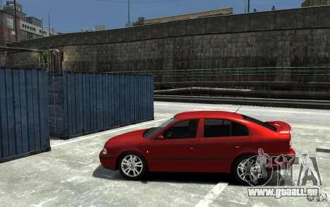 Skoda Octavia v.1.0 pour GTA 4 est une vue de l'intérieur