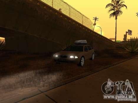 Skoda Octavia pour GTA San Andreas salon