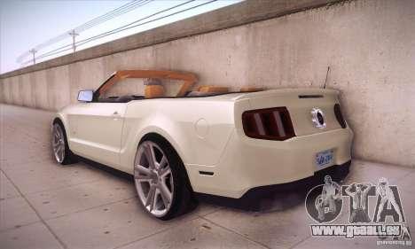 Ford Mustang 2011 Convertible pour GTA San Andreas sur la vue arrière gauche