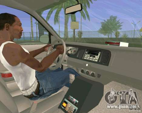 Ford Crown Victoria 2003 Taxi Cab pour GTA San Andreas vue de côté