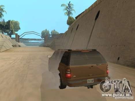 Chevrolet Suburban 2003 pour GTA San Andreas vue arrière