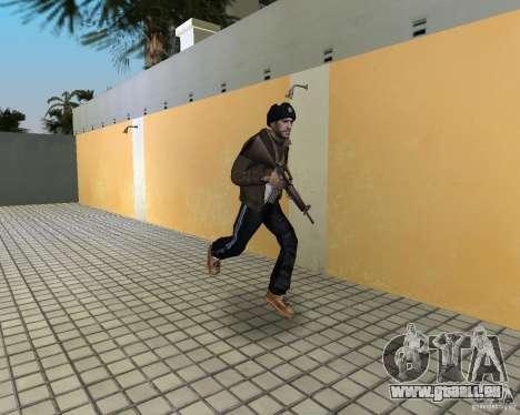 Niko Bellic im Ohr Klappen für GTA Vice City dritte Screenshot
