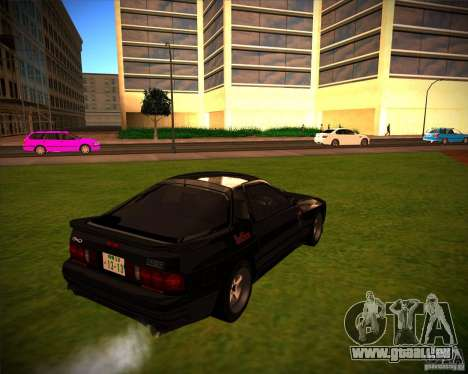 Mazda RX-7 FC3S pour GTA San Andreas sur la vue arrière gauche