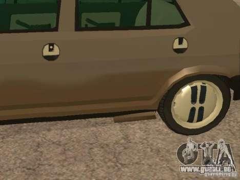Fiat Ritmo pour GTA San Andreas vue de dessous