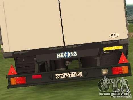 Nefaz 93344 vert pour GTA San Andreas vue de droite