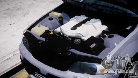 BMW X5 E53 v1.3 pour GTA 4 est une vue de l'intérieur