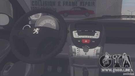 Peugeot 107 2011 pour GTA San Andreas sur la vue arrière gauche