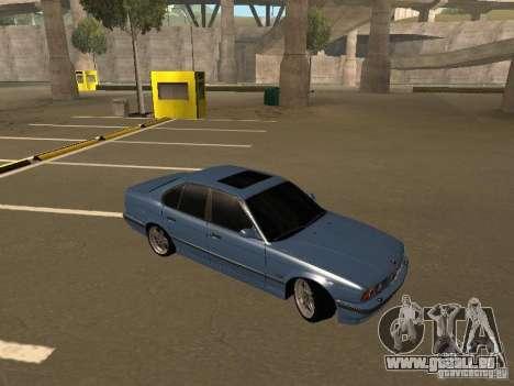 BMW E34 M5 pour GTA San Andreas vue de droite