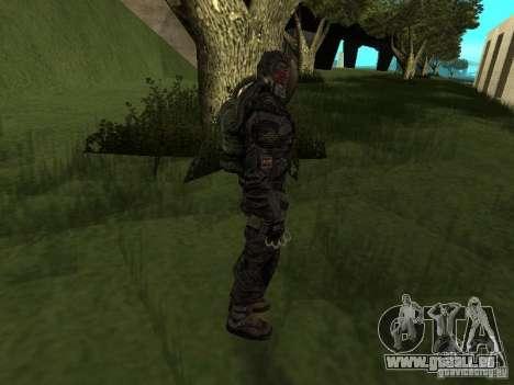 Mitglied hält es im Kostüm für GTA San Andreas her Screenshot