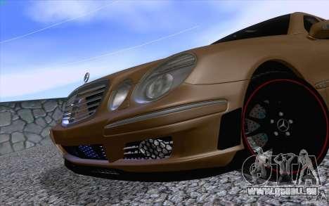 Mercedes-Benz E55 AMG für GTA San Andreas Rückansicht