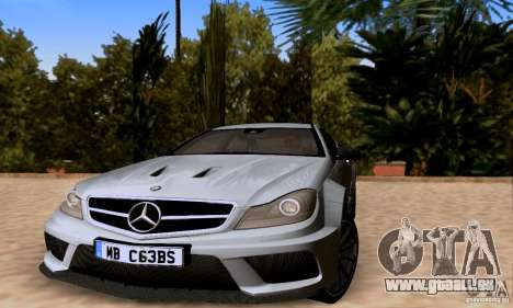 Mercedes-Benz C63 AMG pour GTA San Andreas moteur
