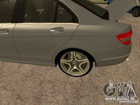 Mercedes-Benz C63 AMG pour GTA San Andreas vue intérieure