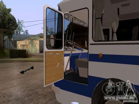 LAZ 697R für GTA San Andreas Rückansicht