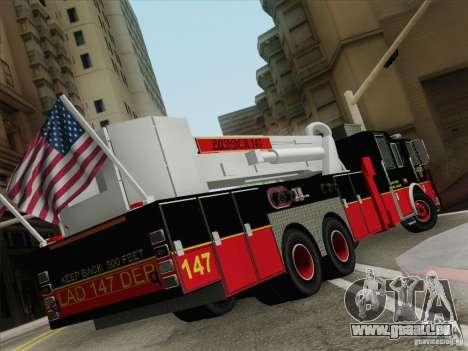 Seagrave Marauder II. SFFD Ladder 147 für GTA San Andreas zurück linke Ansicht
