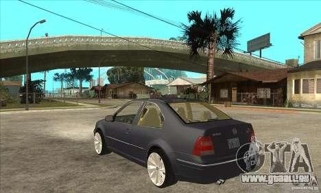 Volkswagen Bora VR6 4MOTION pour GTA San Andreas sur la vue arrière gauche