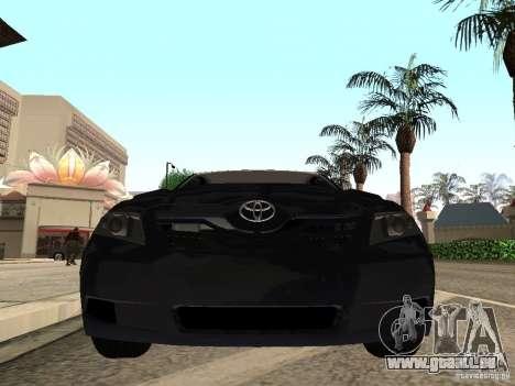Toyota Camry 2010 pour GTA San Andreas sur la vue arrière gauche