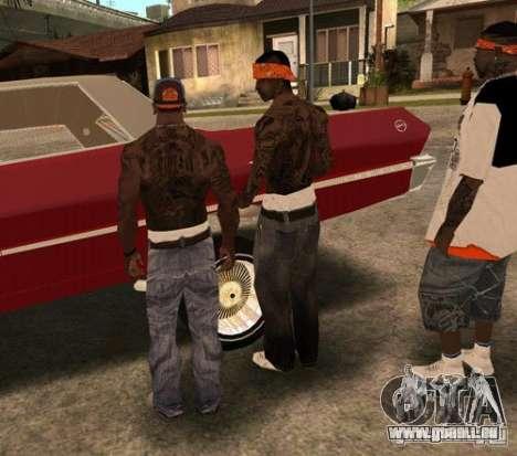 Ersatz-Bands, Tätowierungen, Kleidung usw.. für GTA San Andreas neunten Screenshot