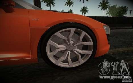 Audi R8 V10 Spyder 5.2. FSI pour GTA San Andreas vue arrière