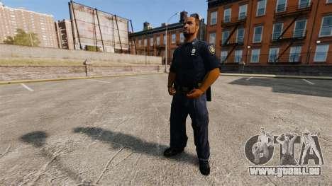 Une garde-robe mise à jour pour la police pour GTA 4