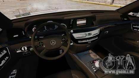 Mercedes-Benz S65 W221 AMG Stock v1.2 pour GTA 4 est un côté