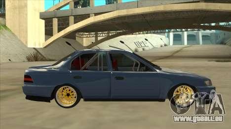 Toyota Corolla 1.6 1997 Hellaflush pour GTA San Andreas sur la vue arrière gauche