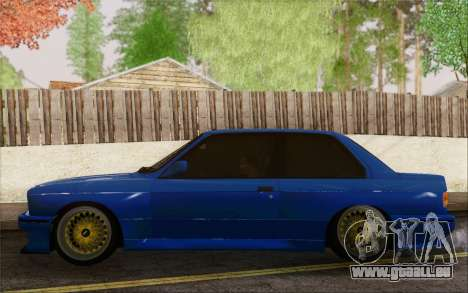 BMW M3 E30 Stance pour GTA San Andreas vue de droite