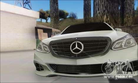 Mercedes-Benz W212 AMG v2.0 pour GTA San Andreas