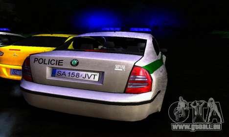 Skoda Superb POLICIE für GTA San Andreas rechten Ansicht