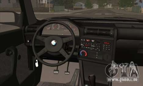 BMW M3 E30 pour GTA San Andreas moteur