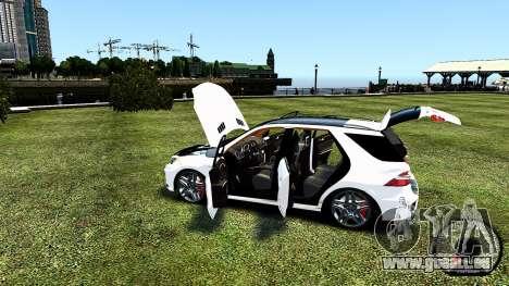 Mercedes-Benz ML63 AMG pour GTA 4 est un côté