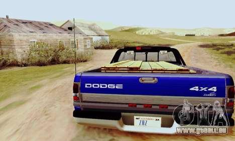 Dodge Ram 3500 pour GTA San Andreas vue de droite