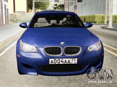 BMW M5 E60 2010 pour GTA San Andreas sur la vue arrière gauche