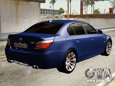 BMW M5 E60 2010 pour GTA San Andreas vue de droite