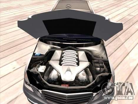Mercedes-Benz E63 AMG 2010 für GTA San Andreas Seitenansicht