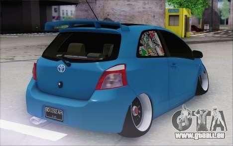 Toyota Yaris Hellaflush Young Child pour GTA San Andreas sur la vue arrière gauche