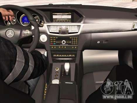 Mercedes-Benz E63 AMG 2010 pour GTA San Andreas vue intérieure