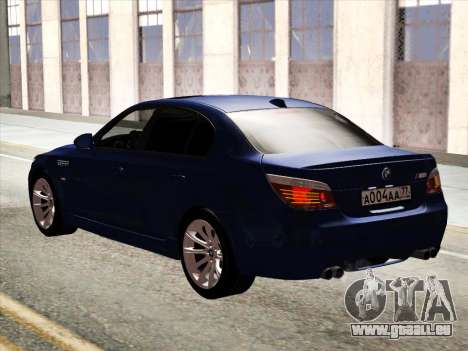 BMW M5 E60 2010 pour GTA San Andreas vue arrière