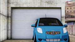 Toyota Yaris Hellaflush Young Child