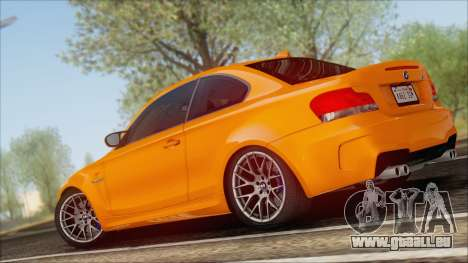 BMW 1M 2011 pour GTA San Andreas sur la vue arrière gauche