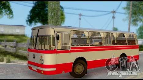 LAZ 695 für GTA San Andreas