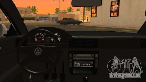 Volkswagen Passat B5 pour GTA San Andreas sur la vue arrière gauche