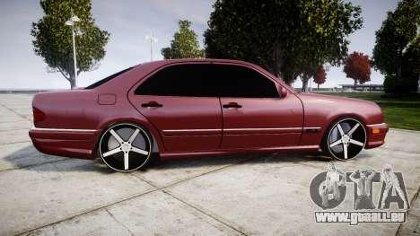 Mercedes-Benz W210 E55 2000 AMG Vossen VVS CV3 pour GTA 4 est une gauche