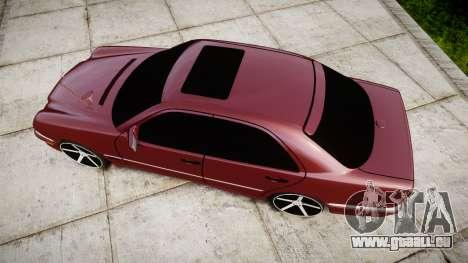 Mercedes-Benz W210 E55 2000 AMG Vossen VVS CV3 pour GTA 4 est un droit