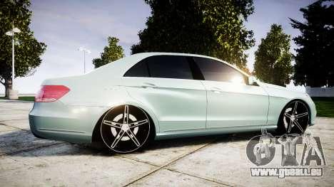 Mercedes-Benz E200 Vossen VVS CV5 pour GTA 4 est une gauche