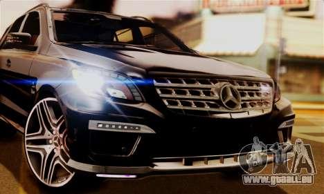 Mercedes-Benz ML63 AMG pour GTA San Andreas sur la vue arrière gauche