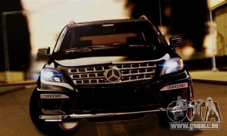 Mercedes-Benz ML63 AMG pour GTA San Andreas vue de droite