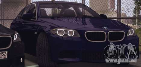 BMW M550d 2014 pour GTA San Andreas sur la vue arrière gauche