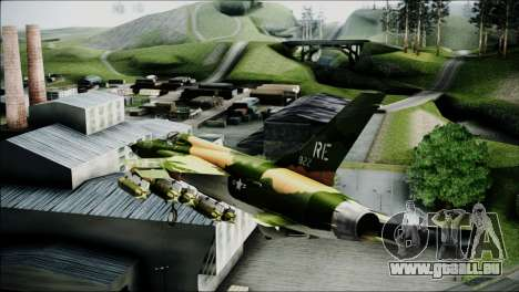 F-105 Thunderchief Polish Glider pour GTA San Andreas sur la vue arrière gauche