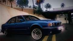 BMW M5 E34 Stance